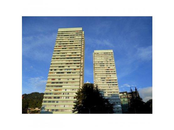 Apartamento Torres de Fenicia P. 20 Vista al Cerro