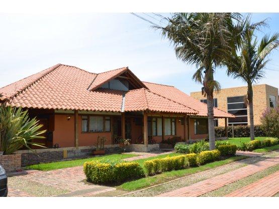 Espectacular Casa Campestre En Cota