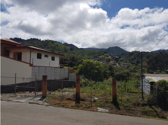Terreno en Quebrada Honda de Patarrá