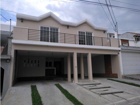 Casa 4 Habitaciones en Puerta de Hierro