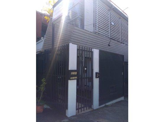 Pequeñas oficinas para alquilar en Zapote