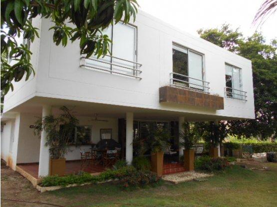 Casa en Venta en Club Campestre Turbaco