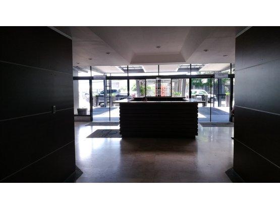 Oficina en Oficentro/Primer nivel 880375