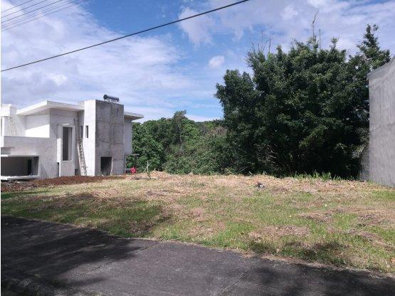 Lote en Venta/condominio, en Curridabat  520303