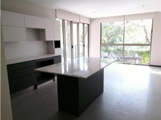 Apartamentos en alquiler en Santa Ana.- 1020289