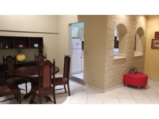 Apartamento Pinares / Amueblado.  870337