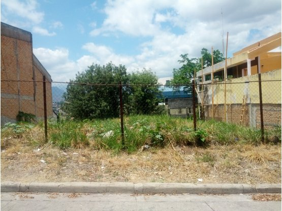 Se vende terreno en Colonia Loma Linda Norte