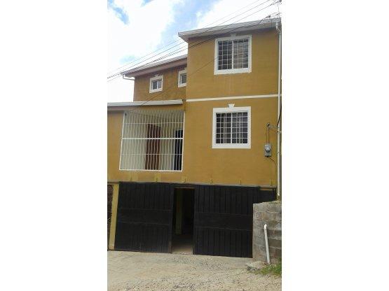 Se vende casa en El Chimbo