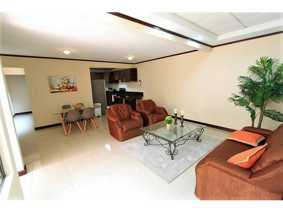 Escazu apartamento en alquiler con o sin muebles