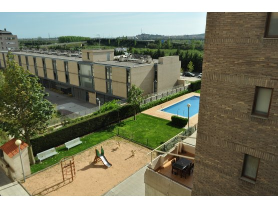 Alquiler con  piscina en Sant Joan Despi