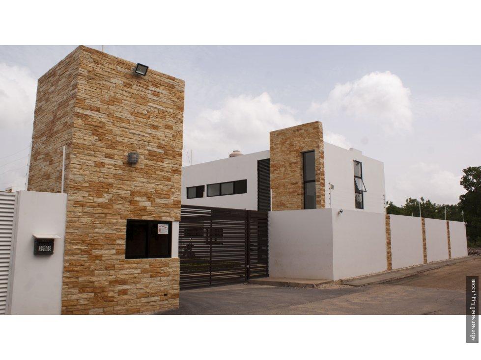 Se vende casa nueva en Cholul, Mérida.
