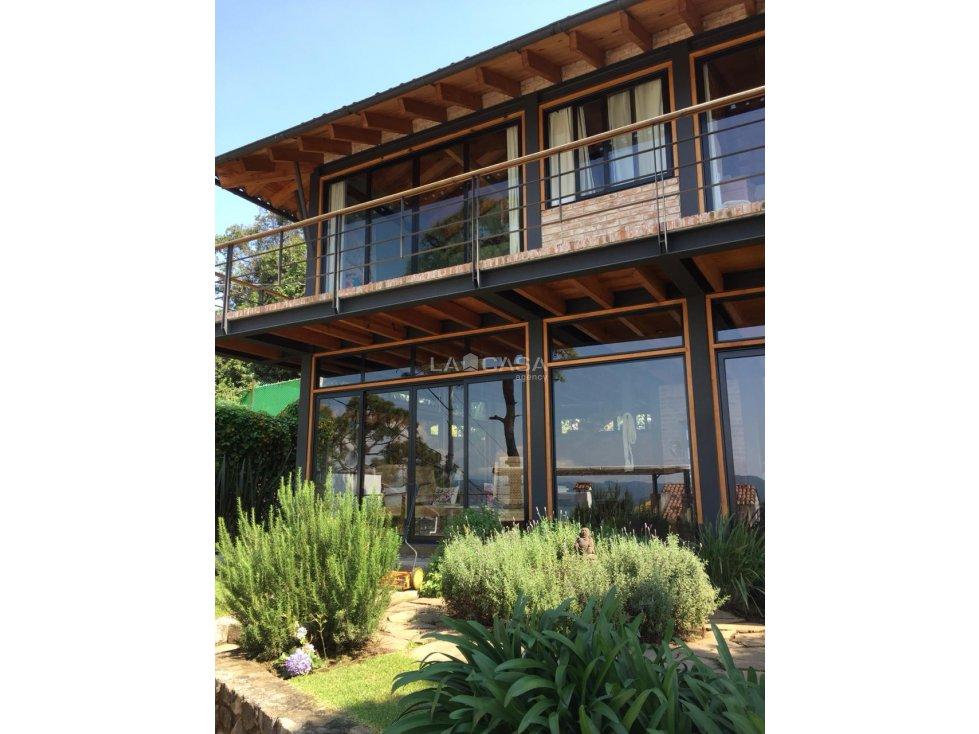 cv casa con vista al lago  por coporito