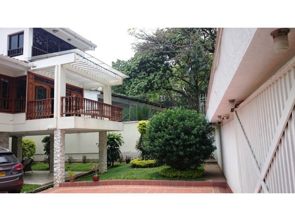 Lujosa casa independiente en ciudad jard n cali for Casas en ciudad jardin