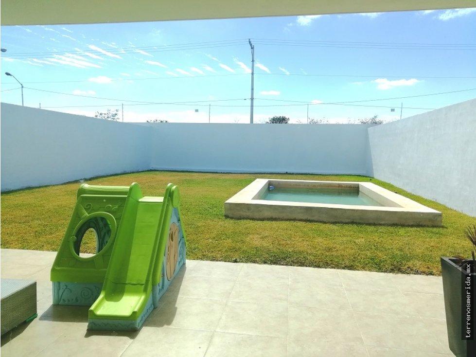 Casa en privada zona norte con 340m2 zonas verdes for Casa con piscina zona norte merida