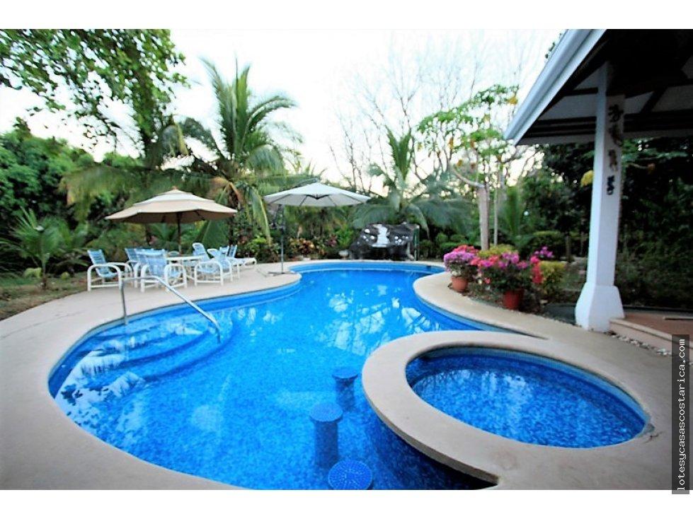 Se vende quinta en orotina con casa piscina rancho for Casa con piscina urdaibai