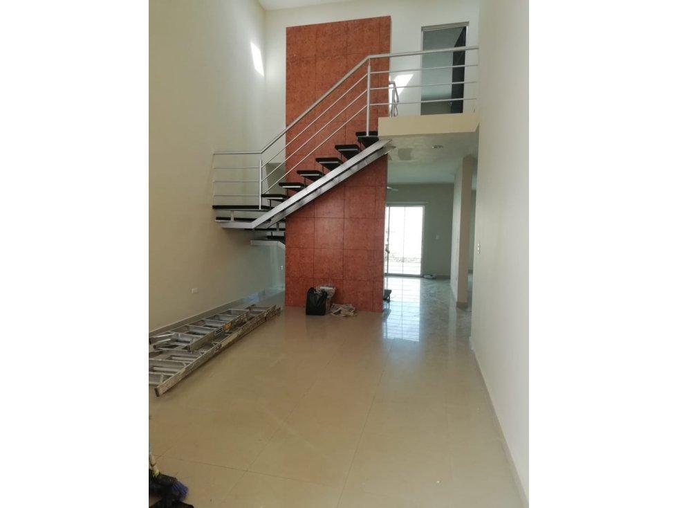 Casa en montebello con alberca 4 rec merida norte for Casa con piscina zona norte merida