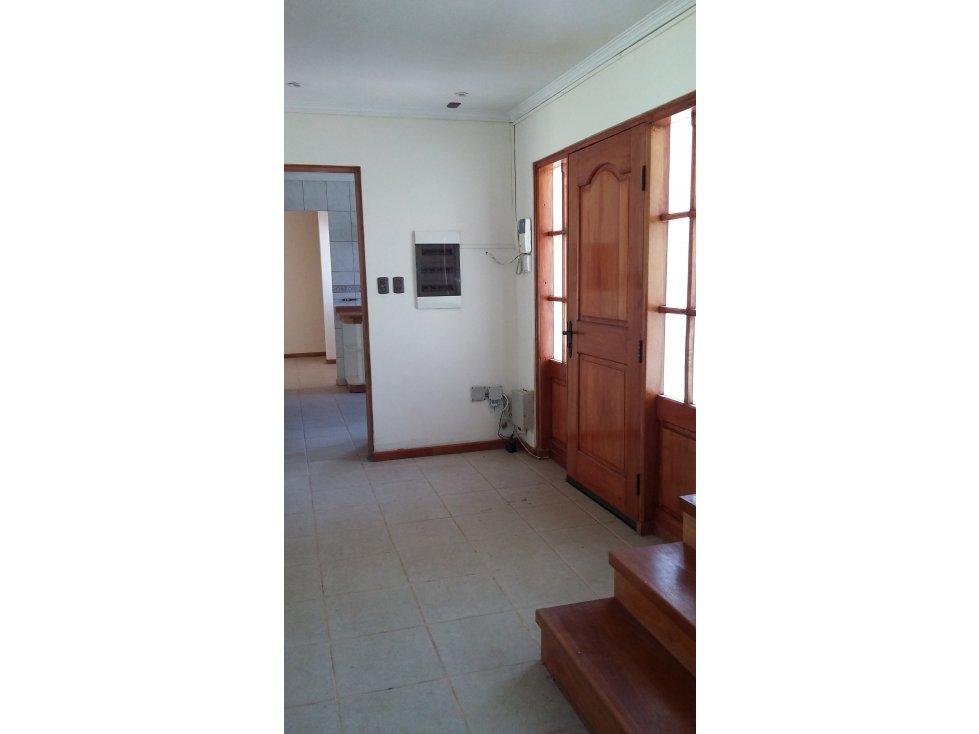 Amplia Casa De 5 Dormitorios Sector Vilumanque