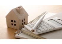 La compraventa de viviendas moderó su aumento en noviembre al 2,8%